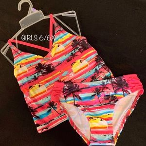 GIRLS (6/6X) NEW! PINK & PALM TREE SWIMSUIT